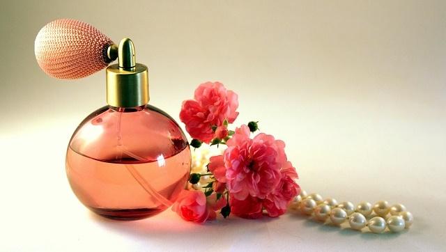 Last Minute Valentinstag Geschenke Parfum