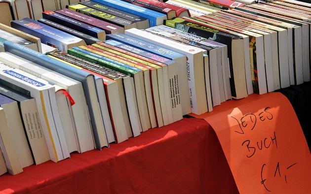 Bücher auf Flohmarkt verkaufen